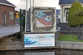 Coastline showroom aankomst